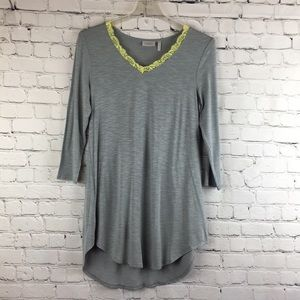 LOGO Laurie Goldstein tunic top